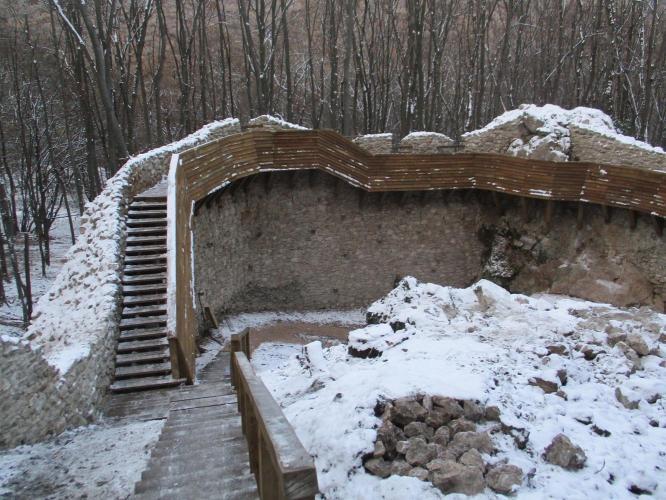 Elkészült a szögligeti Szádvár kulturális örökség megőrzését előirányzó projektje.