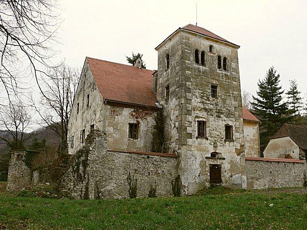 Béla várkastélya 1