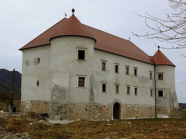 Béla várkastélya 2
