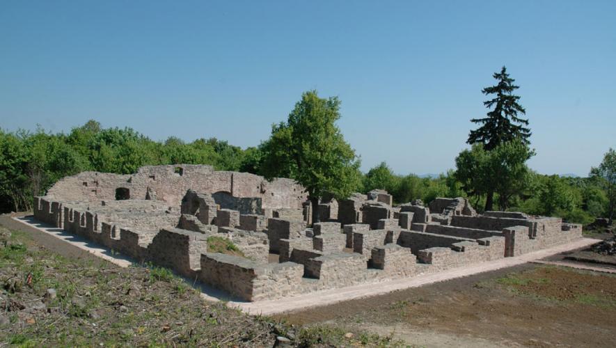 megerősített pálos kolostor