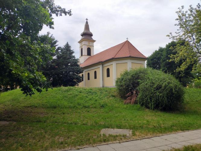 Rákospalota, Szentháromság templom