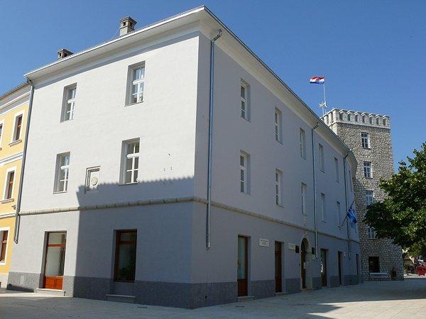 Frangepán-várkastély