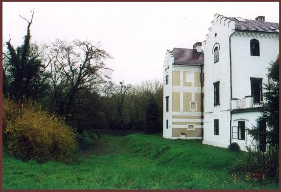 Sennyei várkastély