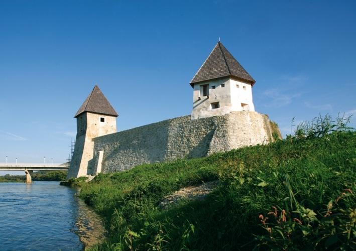 Határvár az Una völgyében - Kosztajnica