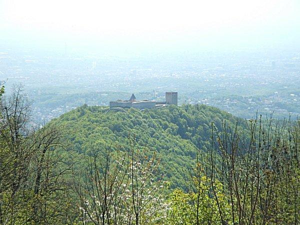 Medvevár, Medvedgrad